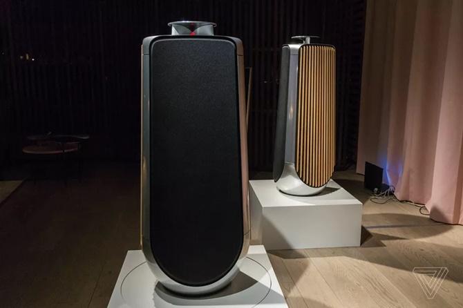 Bang & Olufsen ra mắt loa 40.000 USD với khung bằng nhôm và gỗ sồi