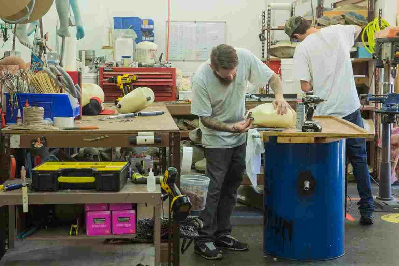 Đột nhập nhà máy sản xuất búp bê tình dục được trang bị AI - ảnh 7