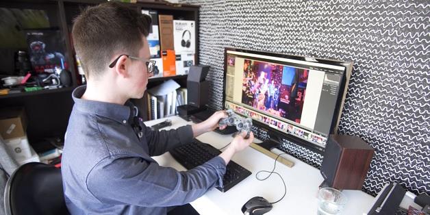 Sử dụng tay cầm PlayStation để chỉnh sửa hình ảnh nhanh chóng trong Lightroom