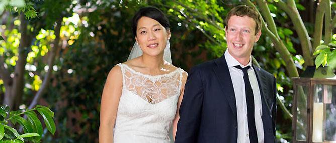 CEO Facebook đột ngột kết hôn, gây sốc khách mời!