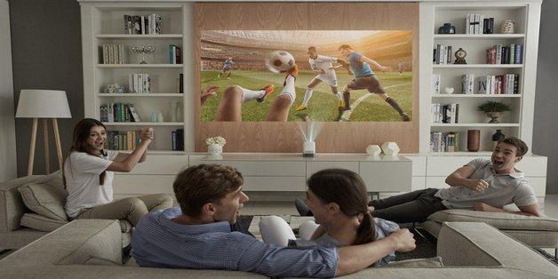 LG giới thiệu 2 máy chiếu nhỏ gọn, thiết kế lạ: LG ProBeam UST và LG MiniBeam