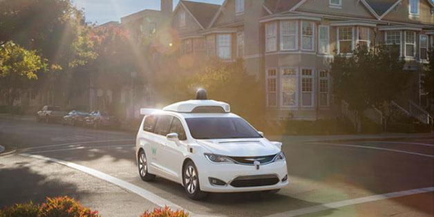 """Google xây dựng cả một thành phố """"giả"""" để thử nghiệm xe không người lái"""