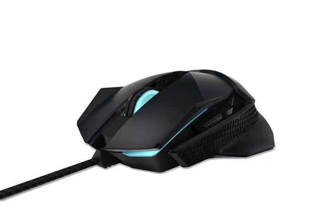 Acer giới thiệu chuột chơi game cao cấp Predator Cestus 500