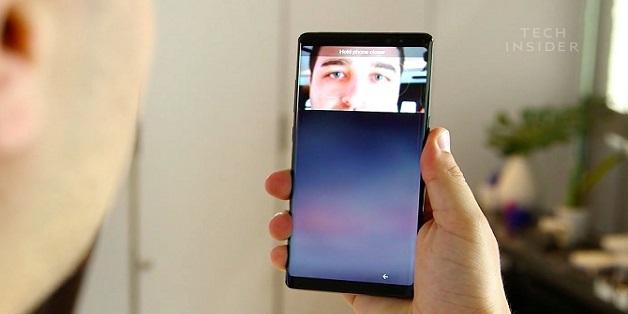 Giống như Galaxy S8, nhận diện khuôn mặt trên Galaxy Note8 cũng có thể bị lừa bởi một tấm ảnh