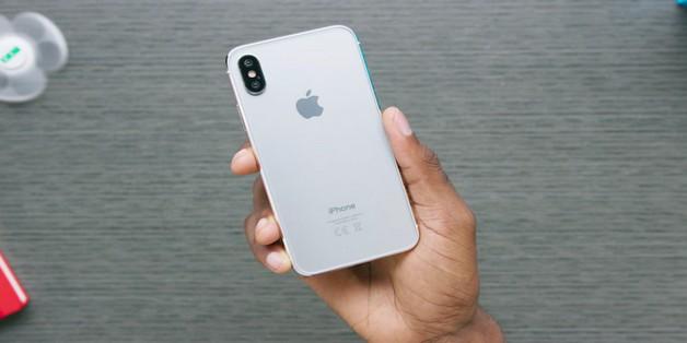 """Apple sẽ sử dụng """"gói ưu đãi khủng"""" để thu hút người mua iPhone 8"""