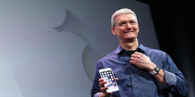 """Tim Cook: iPhone và iPad không """"dành cho người giàu"""""""