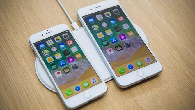 Đơn đặt hàng trước iPhone 8, 8 Plus thấp hơn dự kiến