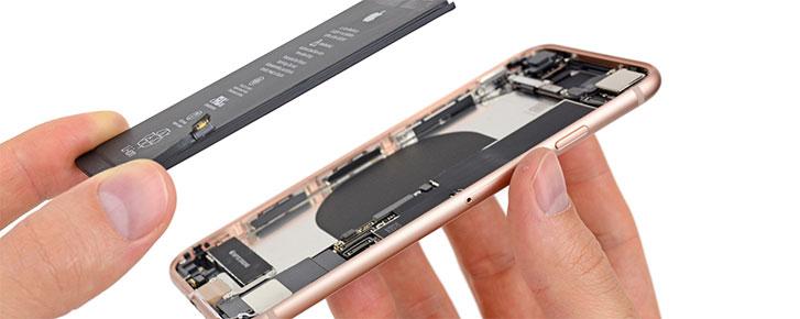 Mổ iPhone 8: pin nhỏ hơn 7% và khó sửa hơn iPhone 7, điểm 6/10