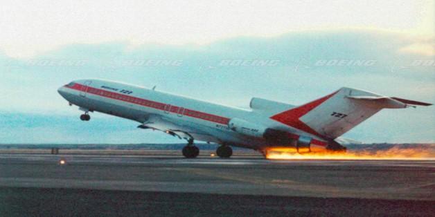 Đây là những bài thử nguy hiểm mỗi máy bay buộc phải trải qua nếu muốn chở khách