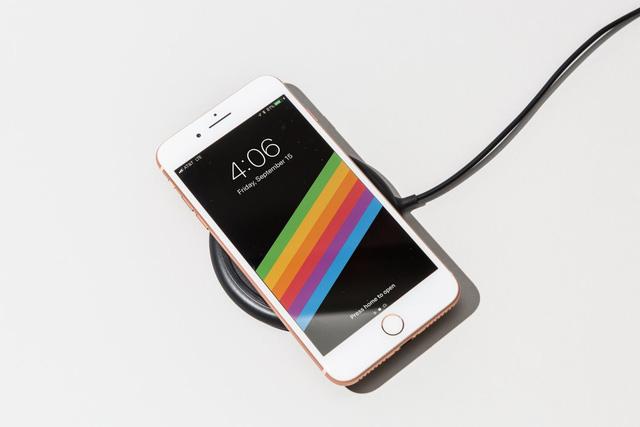 iPhone 8 bán chậm nhất so với nhiều năm gần đây