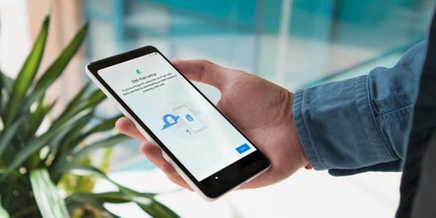 Google Pixel 2 là điện thoại đầu tiên sử dụng công nghệ eSIM tích hợp