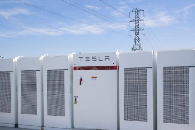Tất tần tật về nhà máy trữ điện bằng pin lithium-ion lớn nhất thế giới của Tesla - Ảnh 1.
