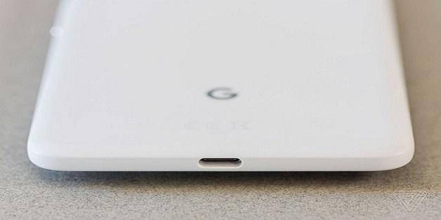 Pixel không có giắc cắm tai nghe chứng minh Apple đã đúng?