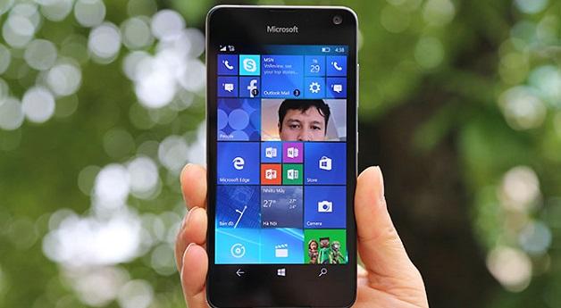Microsoft lý giải nguyên nhân bỏ rơi Windows 10 Mobile