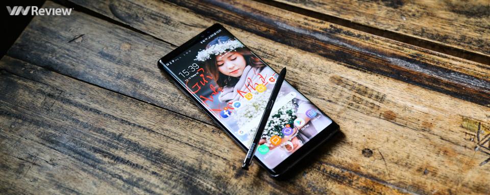 Đánh giá chi tiết Samsung Galaxy Note 8: làm phải lớn, giá phải cao
