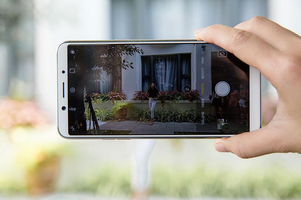 Kết quả hình ảnh cho Sửa OPPO F5 hư camera