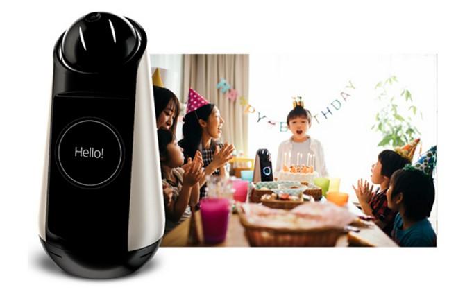 Sony ra mắt loa thông minh kiêm robot gia đình Xperia Hello - Ảnh 1.