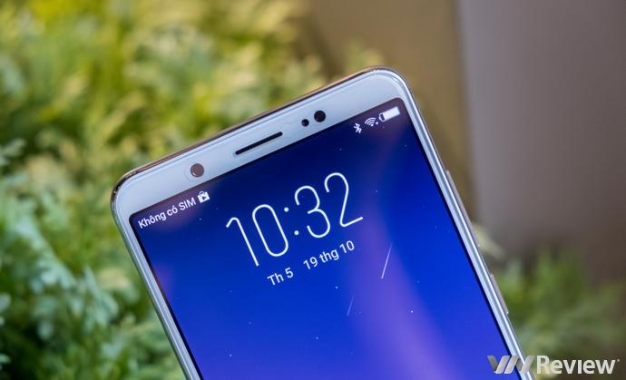 Đánh giá nhanh Vivo V7+: tự sướng rất nịnh mắt, màn hình tràn cạnh, hiệu năng trung bình