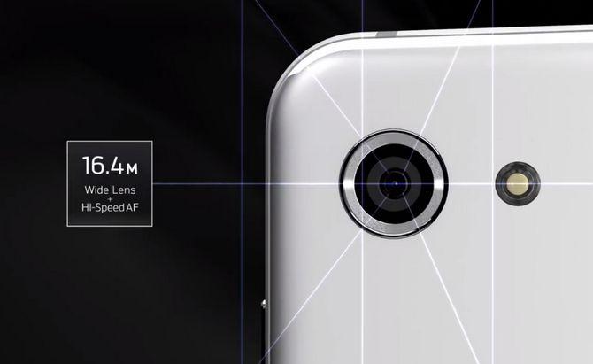 Sharp trình làng Aquos R Compact, dáng dấp y hệt iPhone X