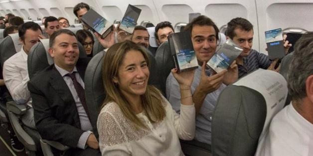Samsung chơi lớn: tặng Galaxy Note 8 cho khách đi máy bay