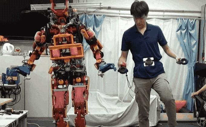 Nhật Bản giới thiệu robot cứu hộ động đất điều khiển bằng... HTC Vive