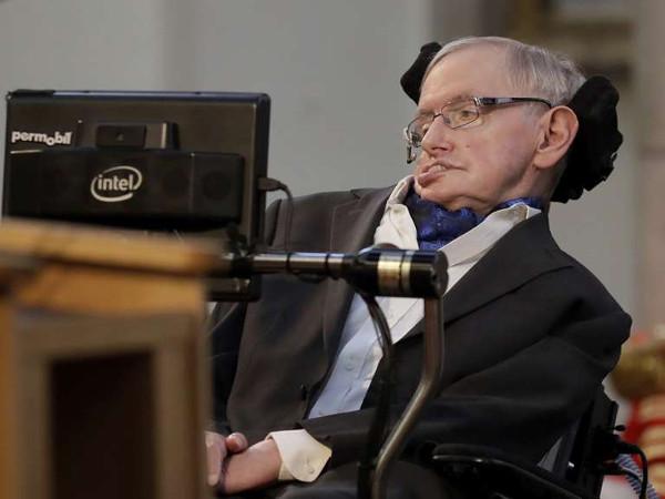 Website ĐH Cambridge bị sập sau khi đăng tải luận văn của Stephen Hawking