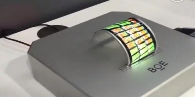 BOE (Trung Quốc) phô diễn màn hình AMOLED uốn dẻo, Samsung coi chừng