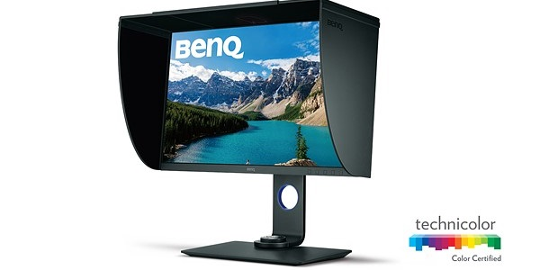 BenQ tung ra màn hình 4K chuyên nghiệp có hood chống chói