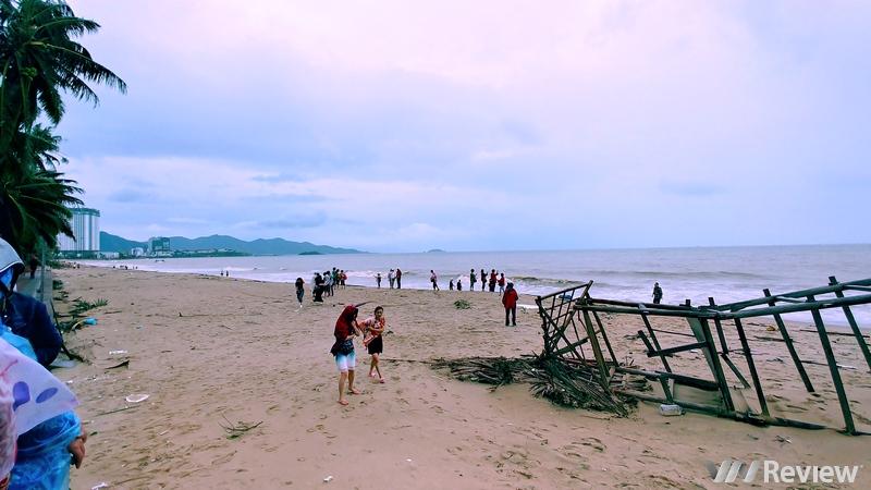 Một vài hình ảnh về Nha Trang sau cơn bão Damrey