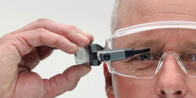 Olympus làm kính thông minh chạy Android, có thể gắn trực tiếp lên kính cận hoặc kính bảo hộ