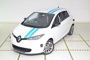 Xe tự lái của Renault có thể tránh chướng ngại vật như tài xế chuyên nghiệp