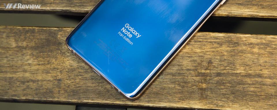 Mở hộp Samsung Galaxy Note FE chính hãng: chiếc Note rẻ nhất từ trước đến nay