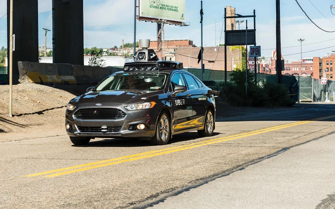 Vấn đề lớn nhất của xe tự lái chính là con người? ảnh 1