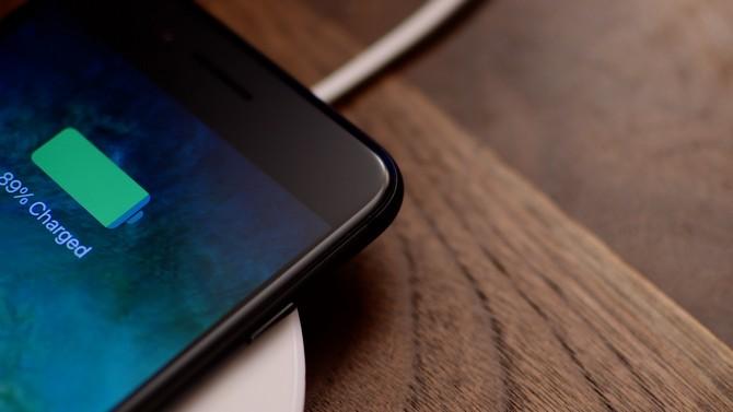 iOS 11.2 sẽ tăng tốc độ sạc không dây cho iPhone X và iPhone 8, 8 Plus - ảnh 1