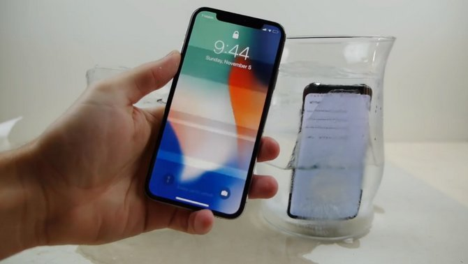 Ngâm iPhone X và Galaxy S8 trong nước đá: Ai sẽ thắng? - ảnh 4