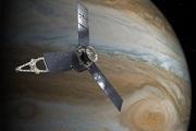 Những hình ảnh đáng kinh ngạc của hành tinh khí khổng lồ được gửi về từ con tàu 1 tỷ USD của NASA