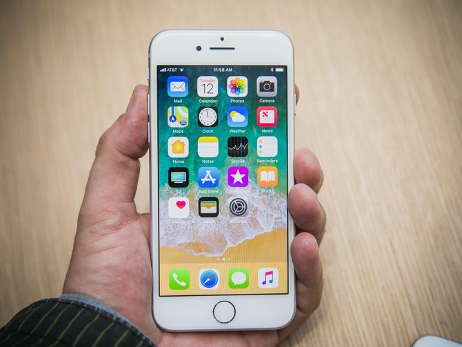 Những smartphone nhỏ gọn đáng chú ý nhất năm 2017 - ảnh 3