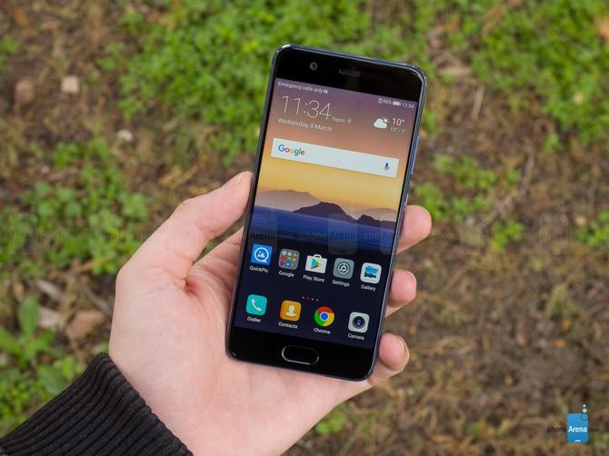 Những smartphone nhỏ gọn đáng chú ý nhất năm 2017 - ảnh 5