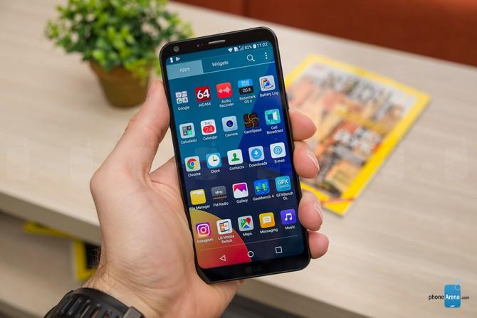 Những smartphone nhỏ gọn đáng chú ý nhất năm 2017 - ảnh 7