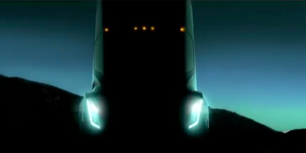 Chờ đợi gì từ mẫu xe tải điện đầu tiên của Tesla?