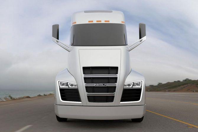 Chờ đợi gì từ mẫu xe tải điện đầu tiên của Tesla? ảnh 1