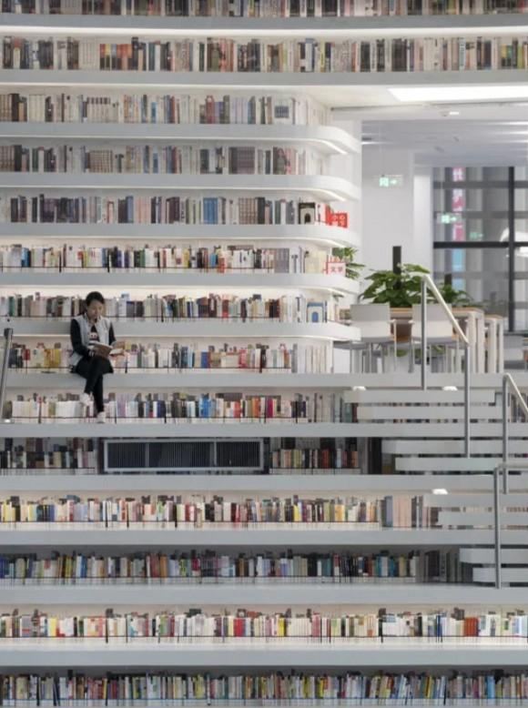 Bên trong thư viện sách khổng lồ tại Trung Quốc, diện tích tương đương 5 sân bóng đá ảnh 13