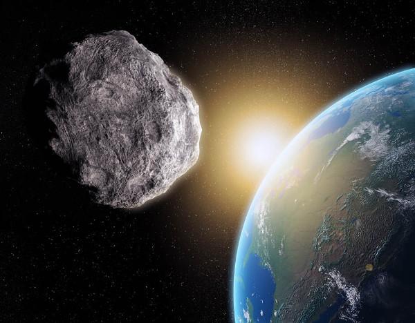 Lần đầu tiên trên thế giới các nhà khoa học quan sát được một tiểu hành tinh xuyên sao