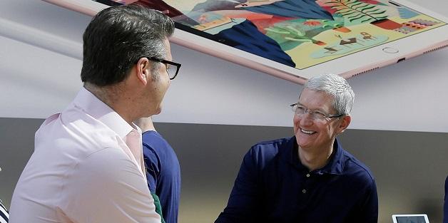 Apple chi 30 triệu USD thâu tóm công ty AR của Canada, trực tiếp đối đầu với HoloLens