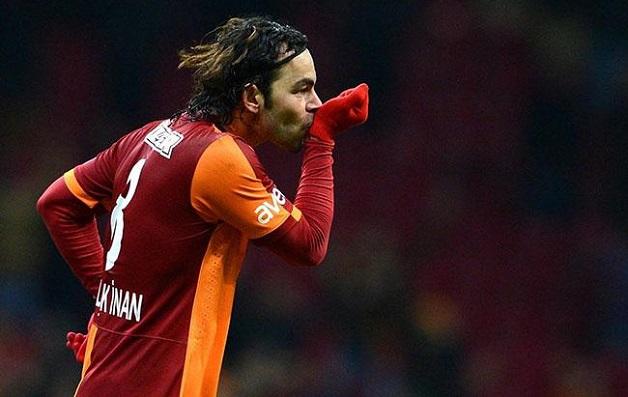 """Cầu thủ bóng đá Thổ Nhĩ Kỳ kiện Samsung vi phạm bản quyền logo """"S8"""""""