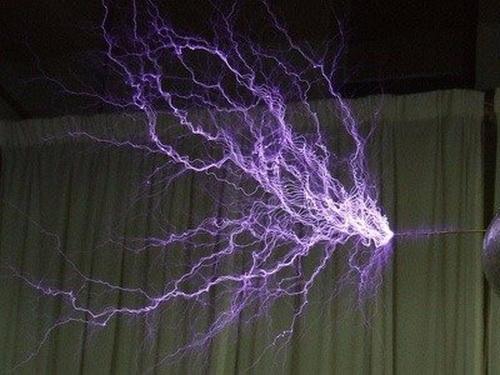 Câu chuyện cuộc đời 'mê hoặc' của Nikola Tesla: thiên tài thắp sáng thế giới - ảnh 10