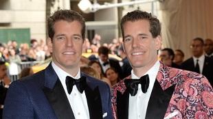 Anh em sinh đôi từng kiện Mark Zuckerberg ăn cắp ý tưởng giờ đã trở thành tỷ phú Bitcoin đầu tiên trên thế giới