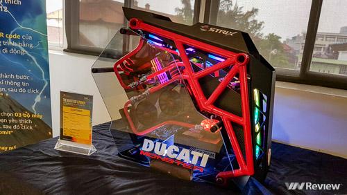 Nhiều mẫu máy tính độc đáo hội tụ tại sự kiện The Beauty of X Power