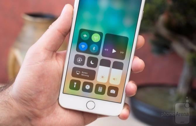 Dù dính nhiều lỗi lặt vặt nhưng tỷ lệ cài đặt iOS 11 vẫn cán mốc 59%, bỏ xa Android 8.0 Oreo - ảnh 1