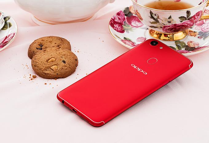 Oppo F5 ra bản màu đỏ, 6GB RAM với giá 8,99 triệu đồng - ảnh 1